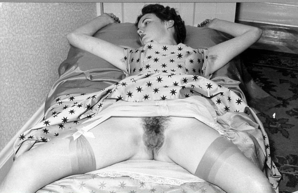 Ретро Порно Фото Под Юбкой