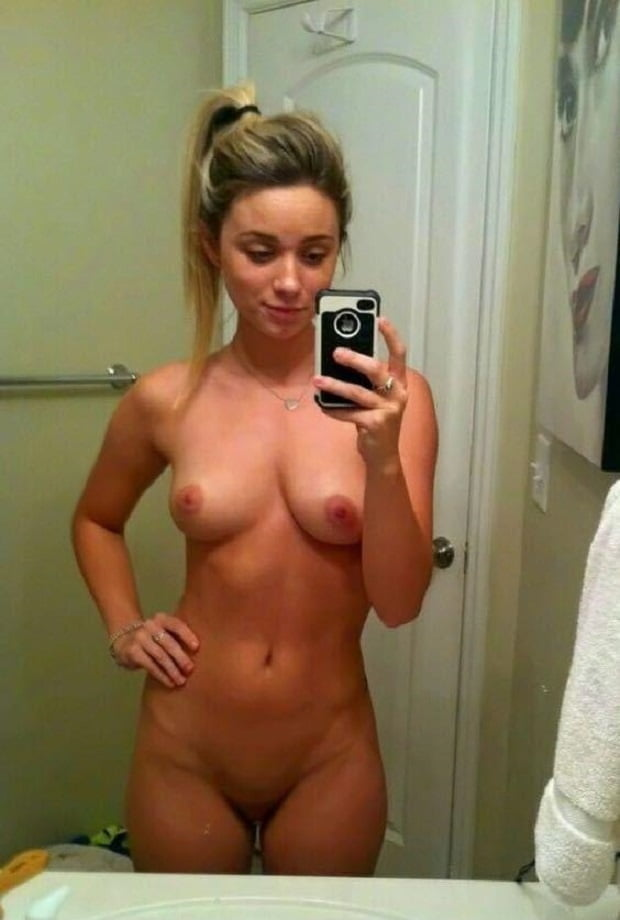 Teen nude female selfies, girls sans clothes
