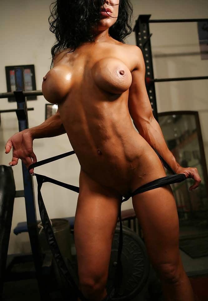 Sexy bodybuilder female nude models