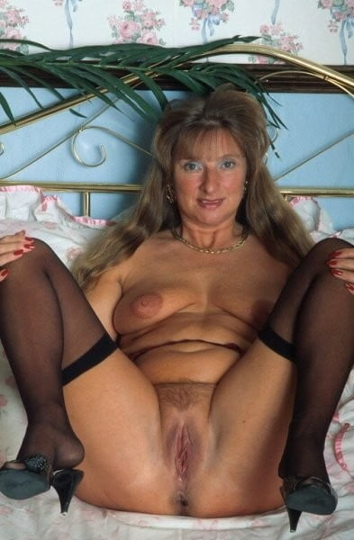 Sexy with granny-2772