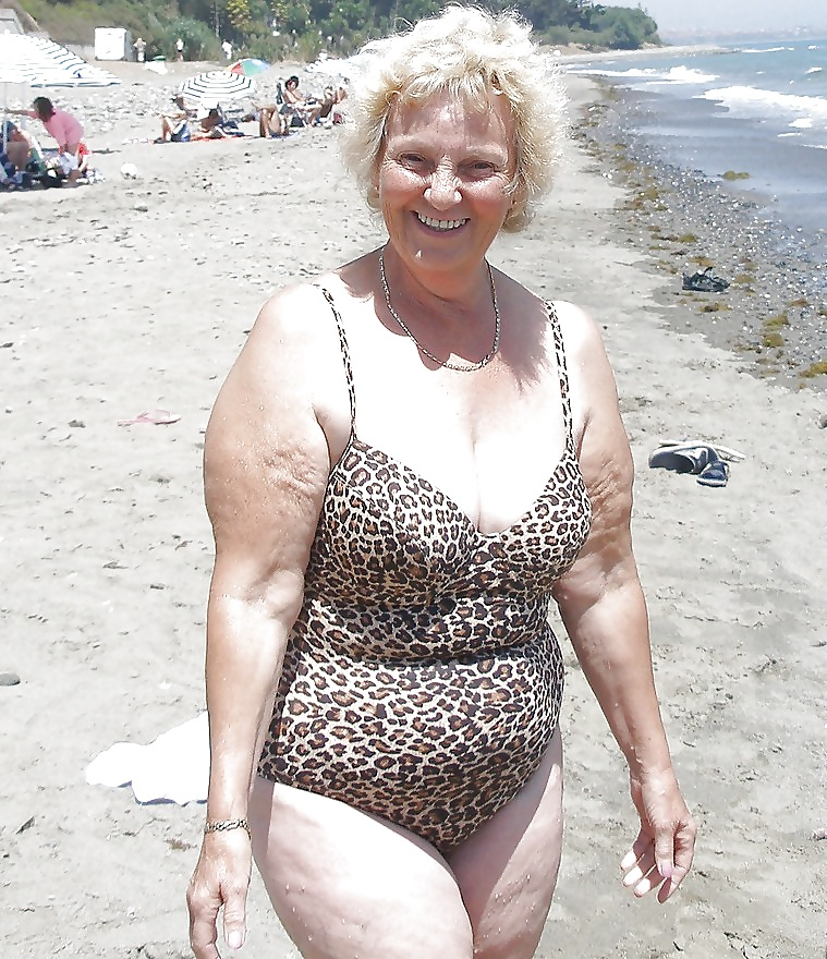 Sexy grannys in bathing suits toy video woman
