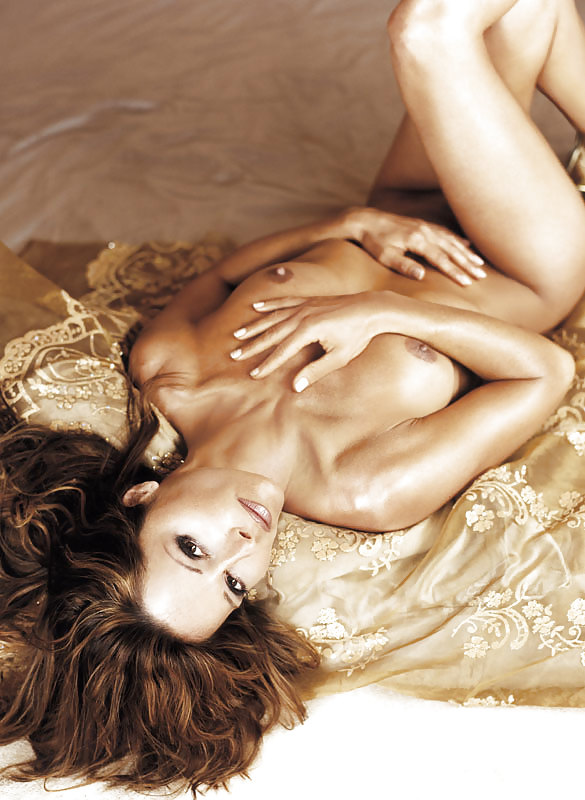 Im playboy christina plate nackt Christina El