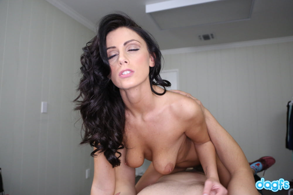 DAGFS - Extra Glory Hole Fun With Whitney Westgate - 100 Pics