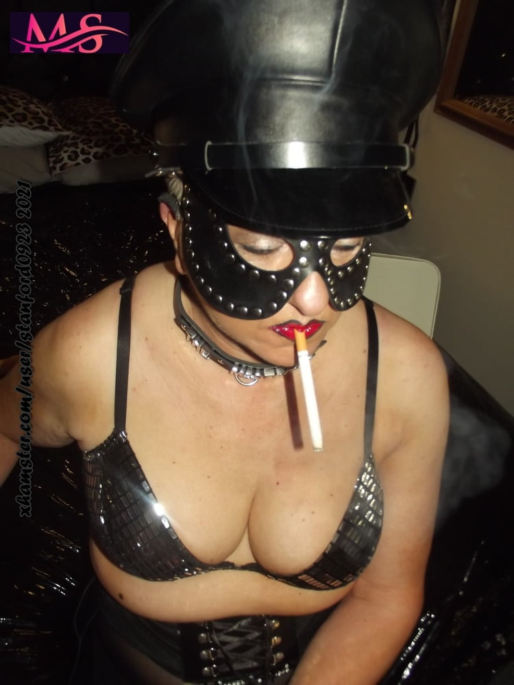 MISTRESS SMOKE PT 9 - 46 Pics