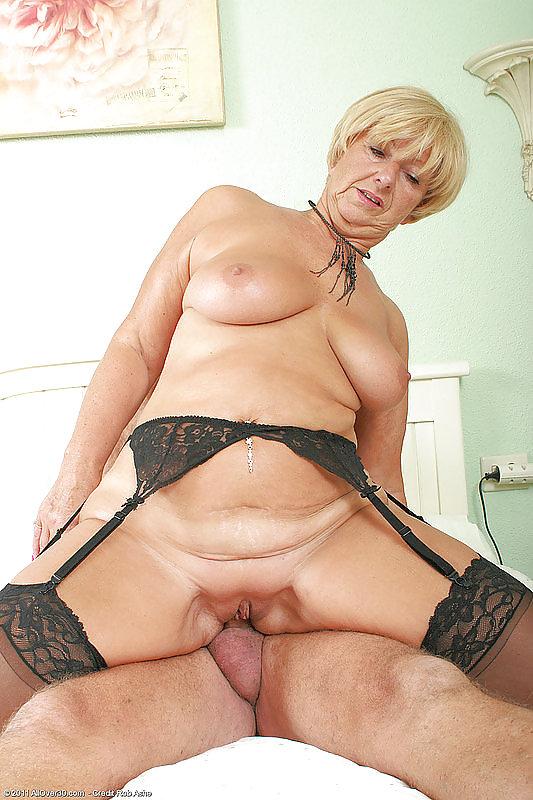 Grannies popular pics