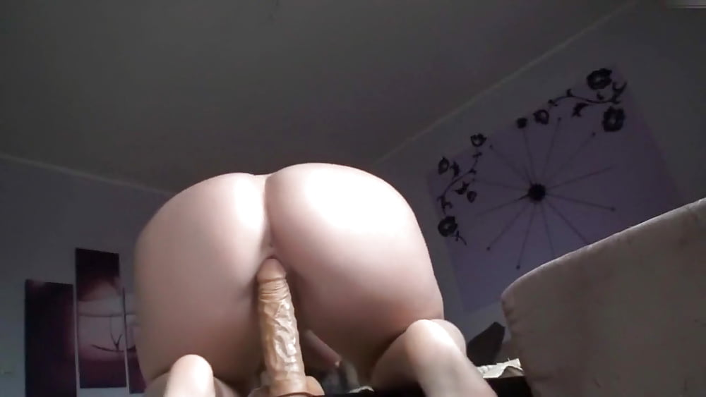 Teen riding dildo cam