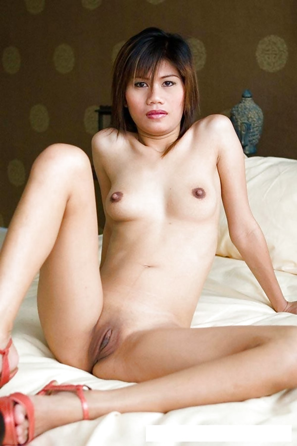 toronto-shaved-chinese-pussy-naked-men-big