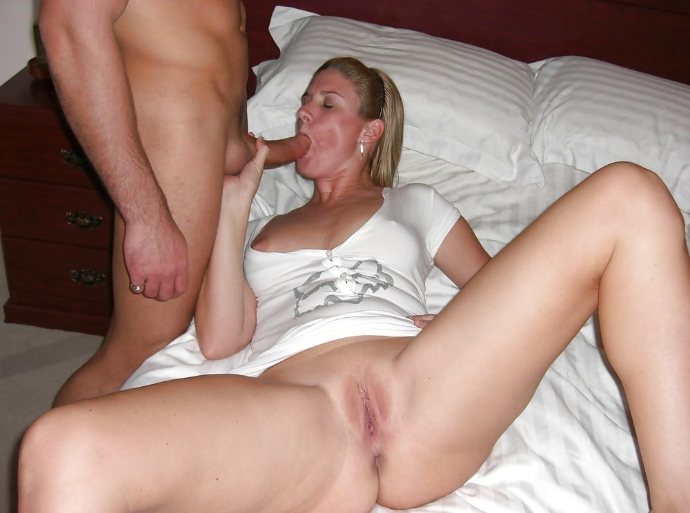 Amateur wife gives blowjob-1902