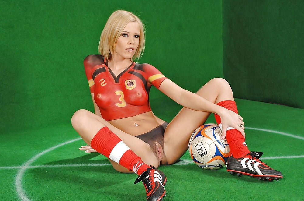 Hot soccer girls nude pussy