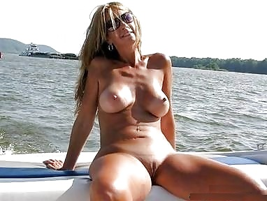 Naked mature hot-1971