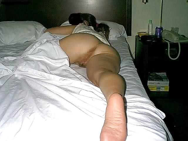 Hot nude ass sleeping voyeur