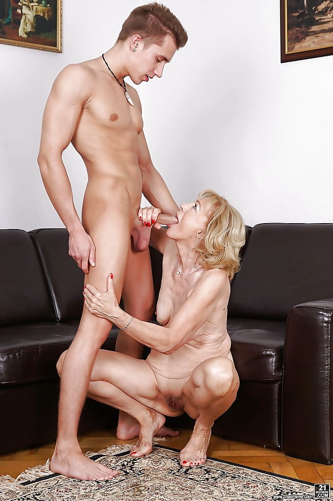 Young Stud Fucks His Uncle's Sexy Cougar Wife