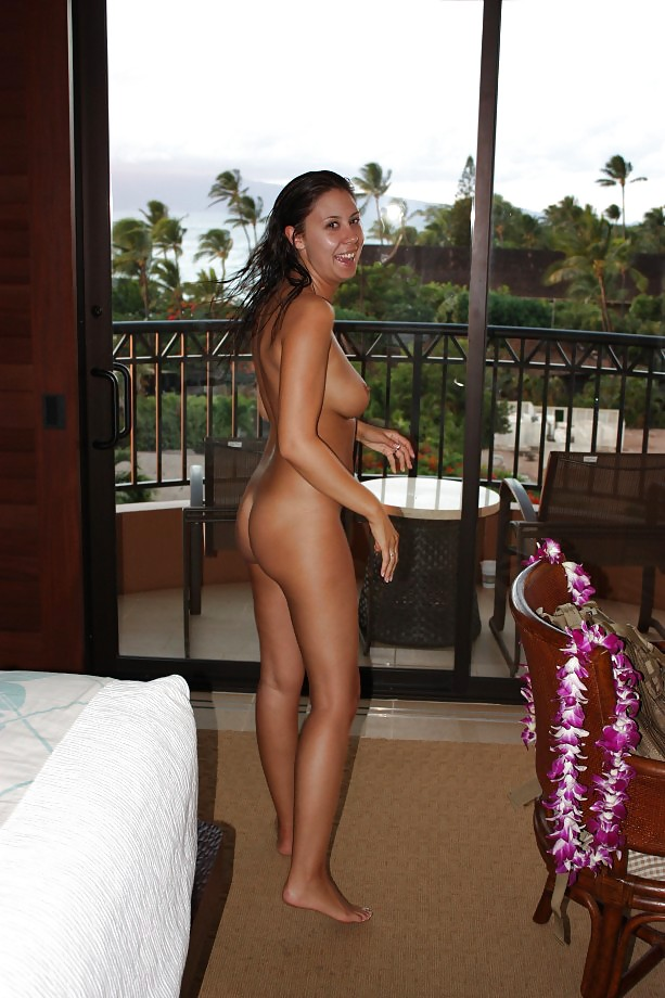 naked-honeymoon-pics-amateur-free-hardcore-porn-black-on-white