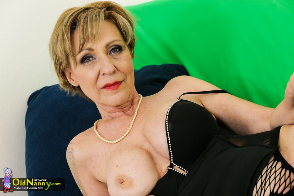 Granny pictures naked-1707