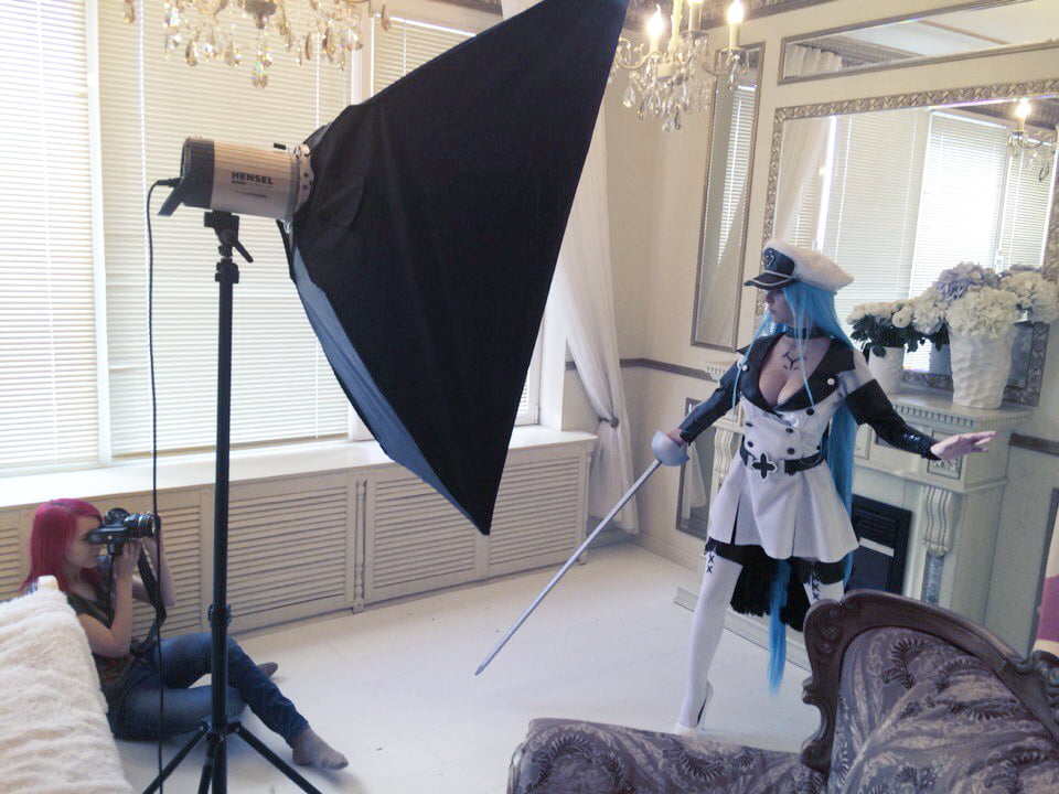 DHM - Esdeath - 38 Pics
