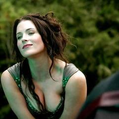 Bridget Regan  nackt