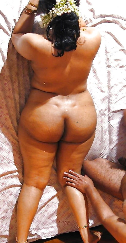 free-round-butt-sex-indian-young-hotties-fucking