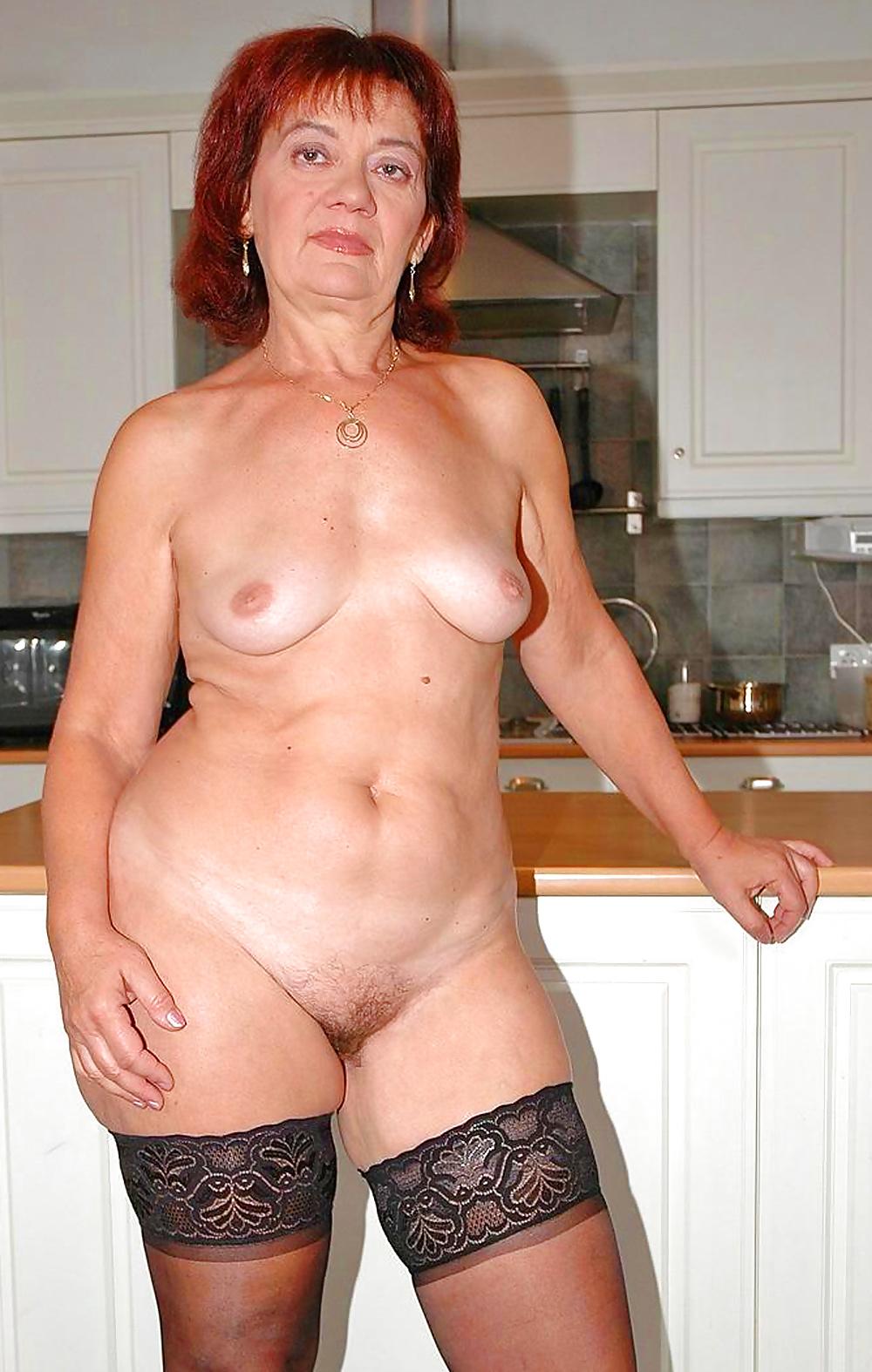 Эротическое фото женщин за пятьдесят, порно хаб сквирт смотреть онлайн