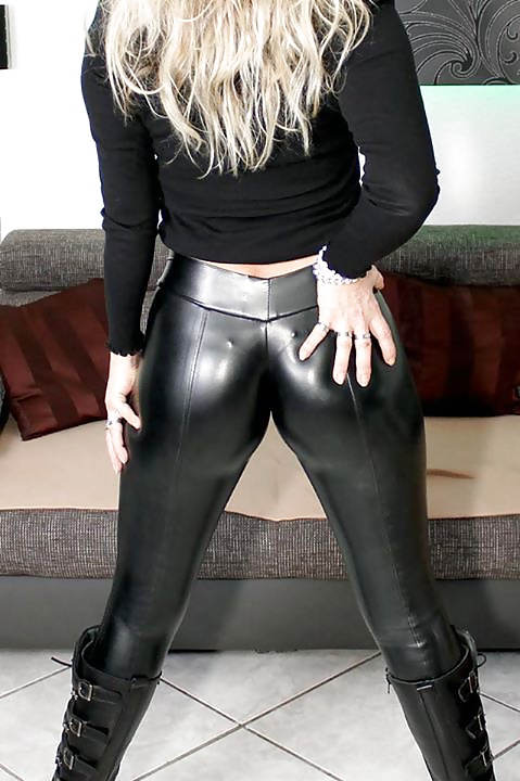 russian-girl-fucking-in-leather-pant-big-black-penis