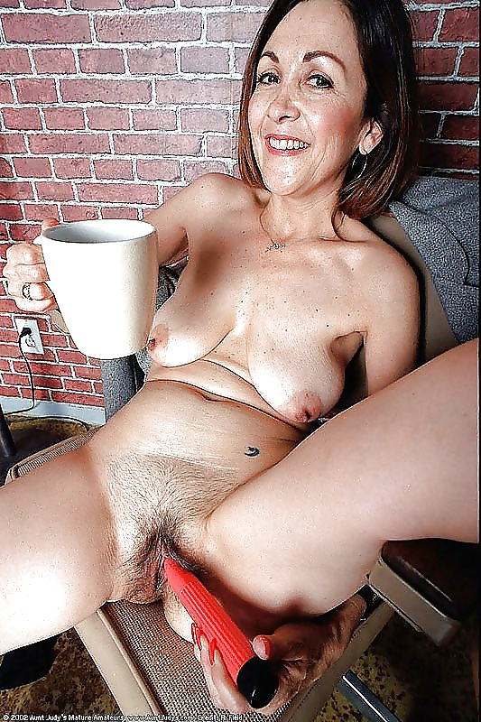 Babes in hte nude