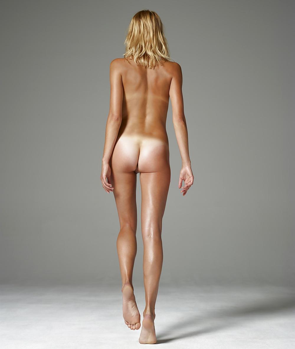 Nude back woman