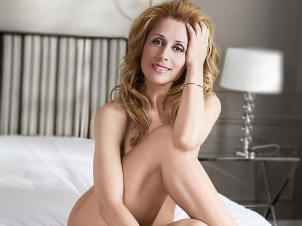 Fabian nude lara Lara Fabian