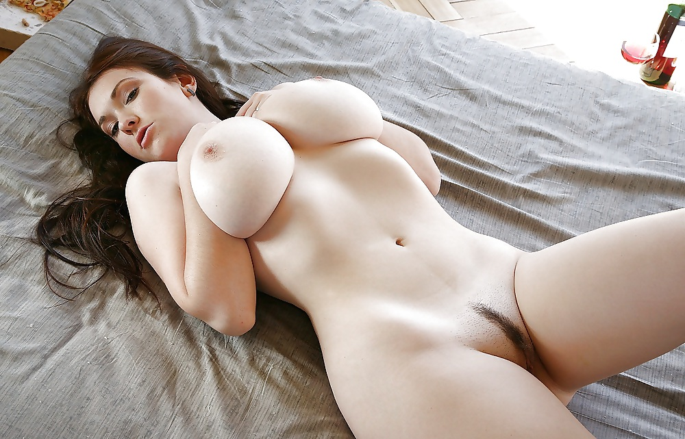 Sexual hot nude women