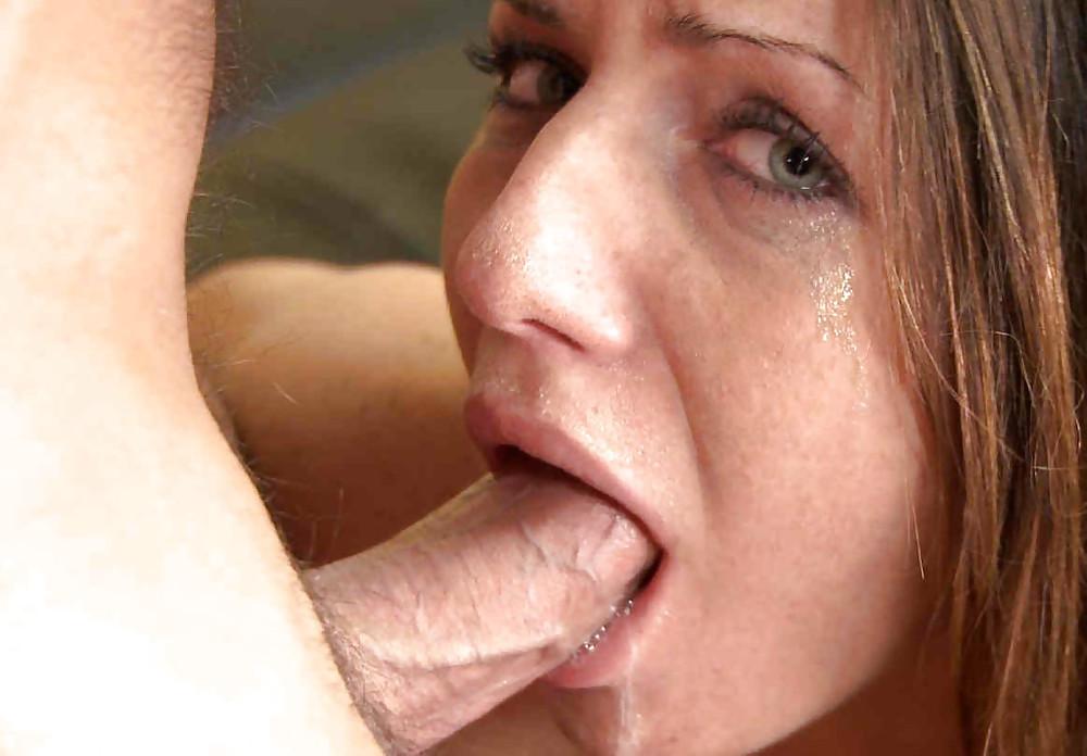 deepthroat-gag-choke-blowjob-pissing
