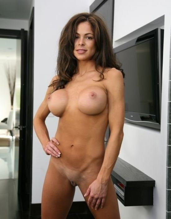Milfs and Cougars 19