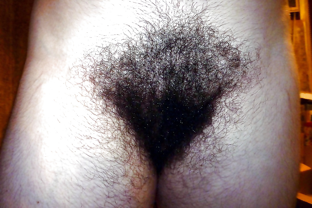 Monster hairy pubes