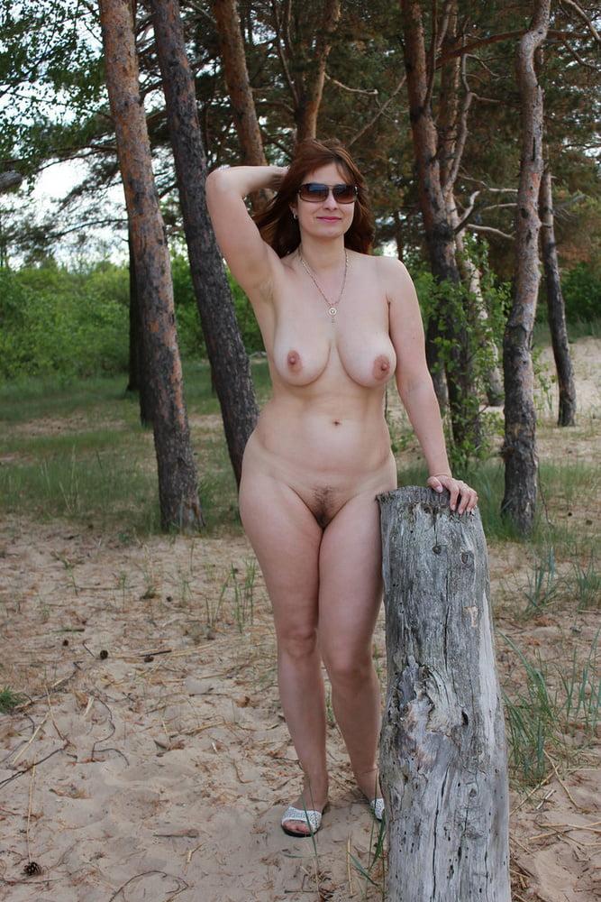 Natural amateur nude