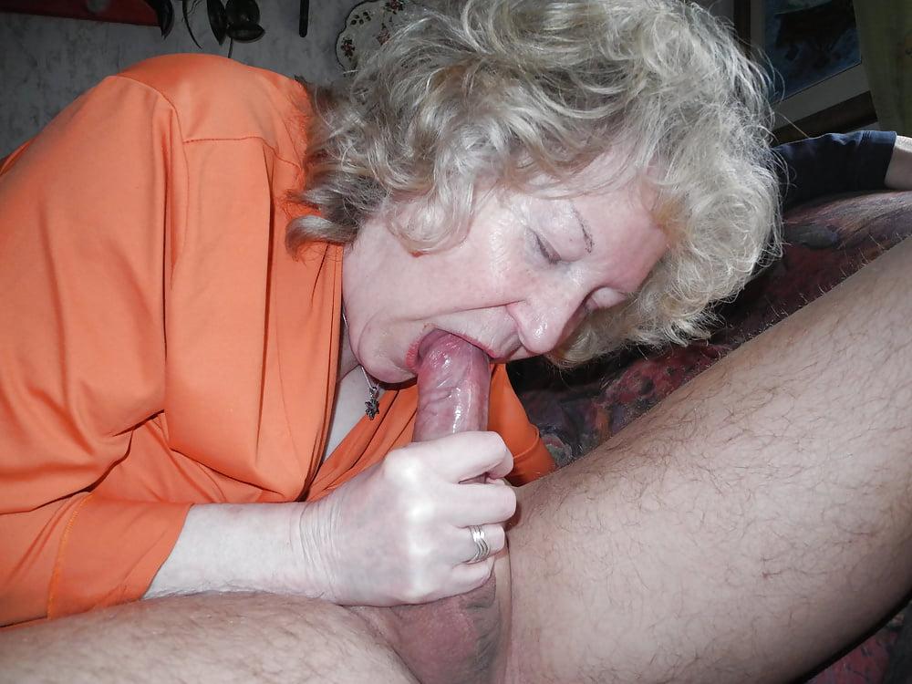Russian granny blowjobs