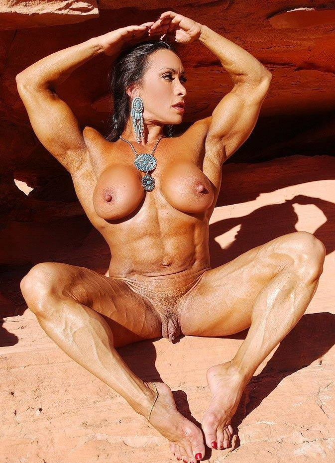Female Bodybuilder Lisa Cross