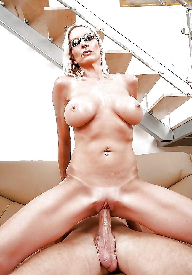 Emma Starr Shower