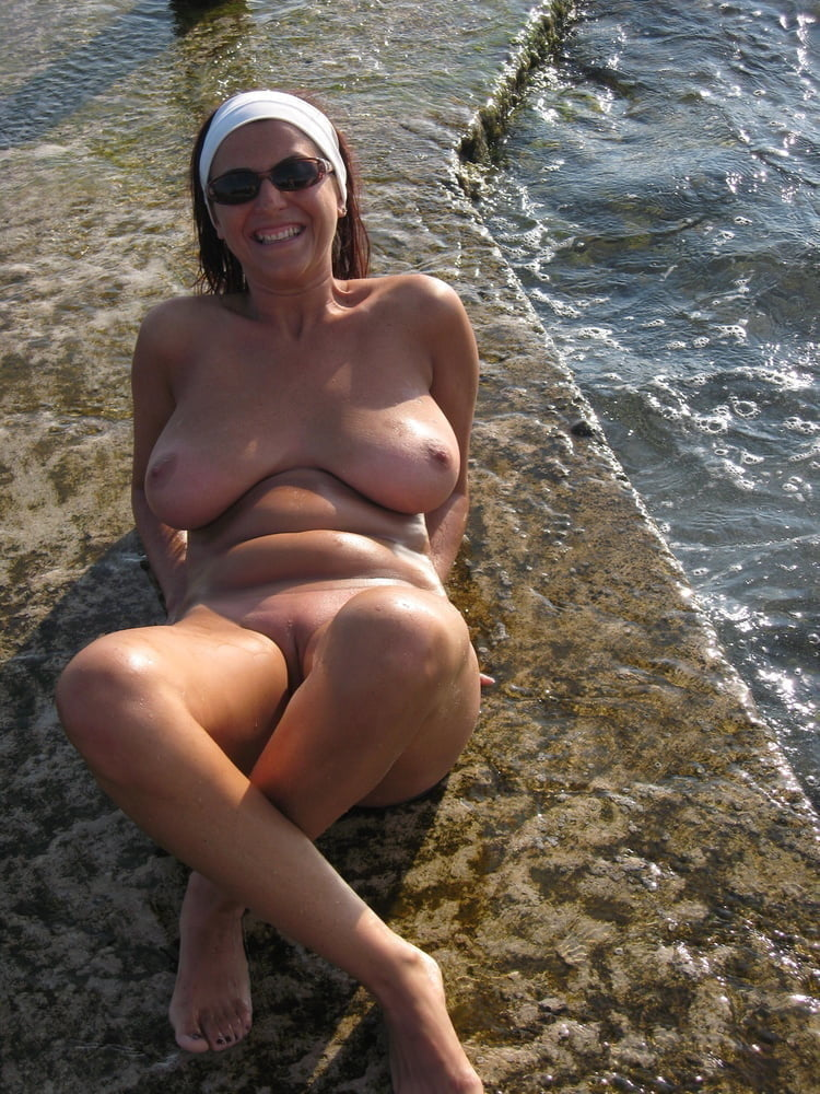 Dressed and undressed busty milf- 6 Pics