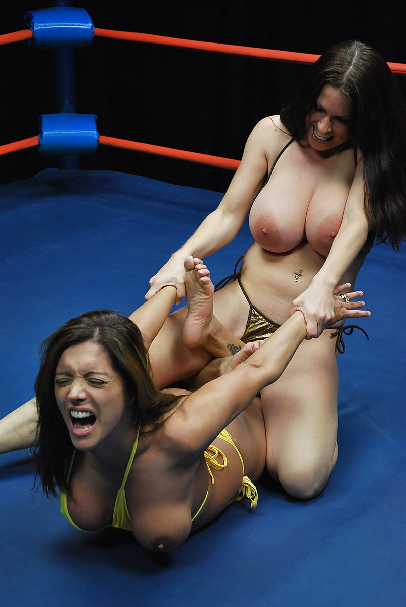 Erotic mixed usa wrestling