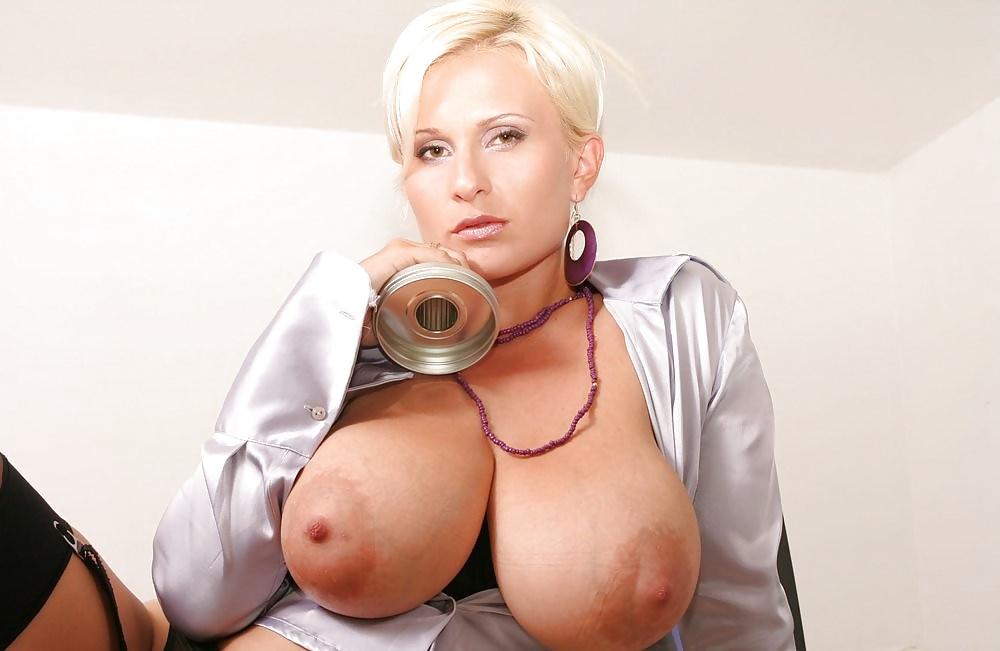 Big tits ladies — photo 10