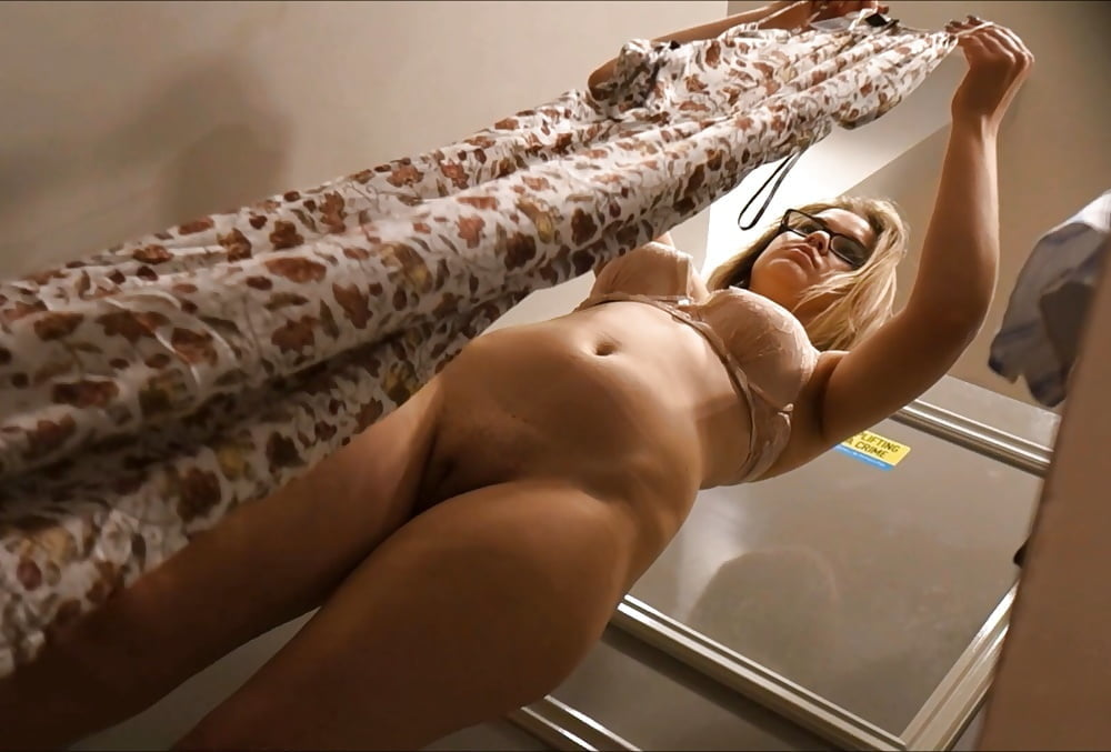 Watch naked women unaware