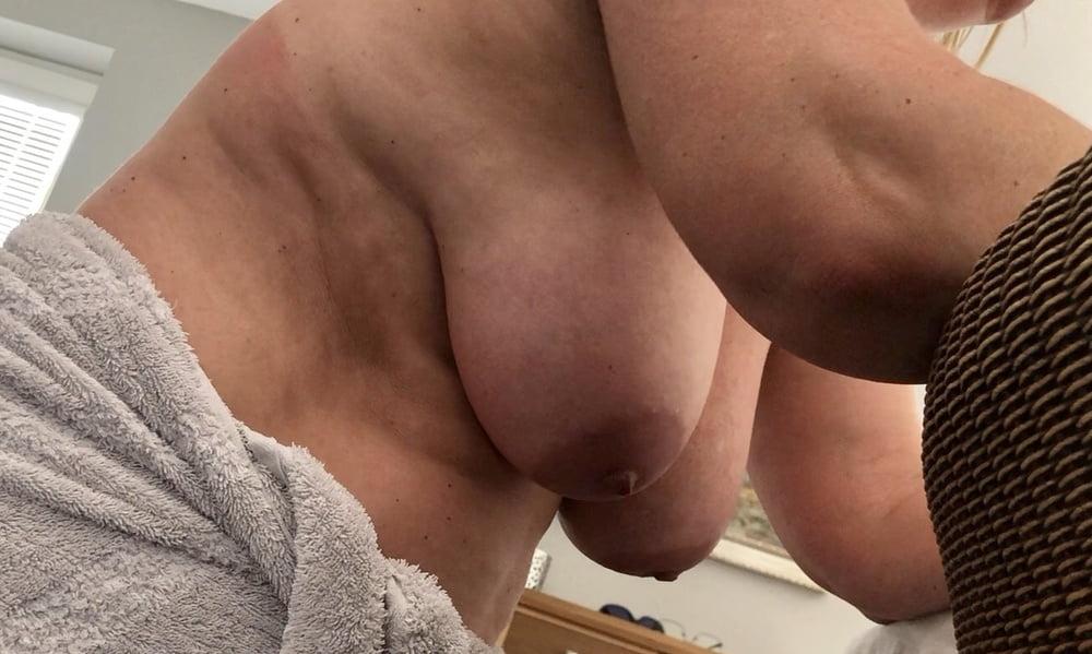 Hanging swinging giant tits