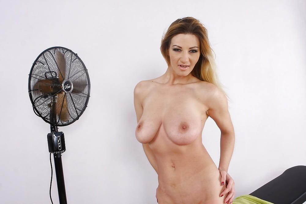 Kim kardashian nude photos leak online vanessa hudgens too