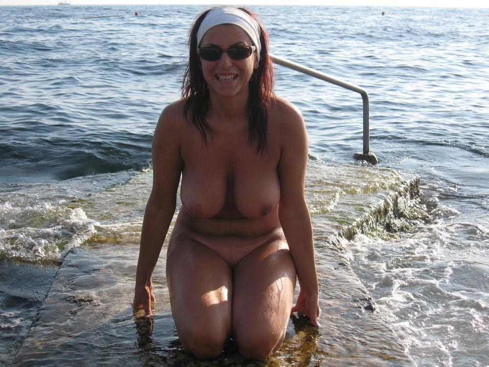 Beach Time - 70 Pics